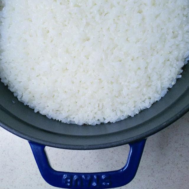 やわらかく炊きあげた餅米