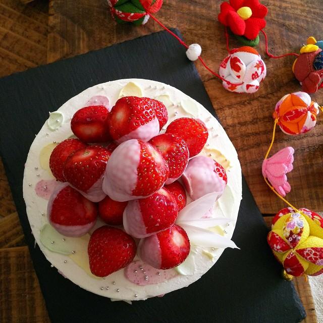 かわいいひな祭りケーキ